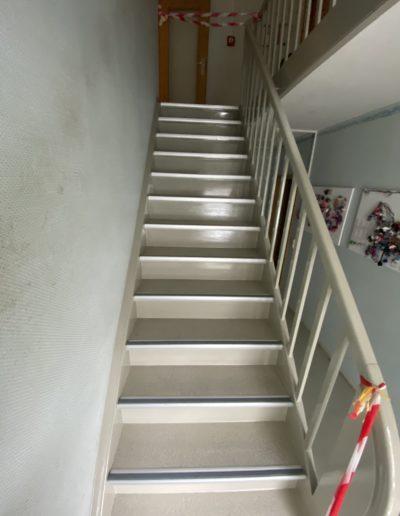 sanierte-treppe
